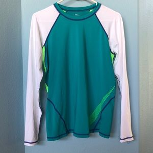 Nike long sleeve surf/sun shirt - L